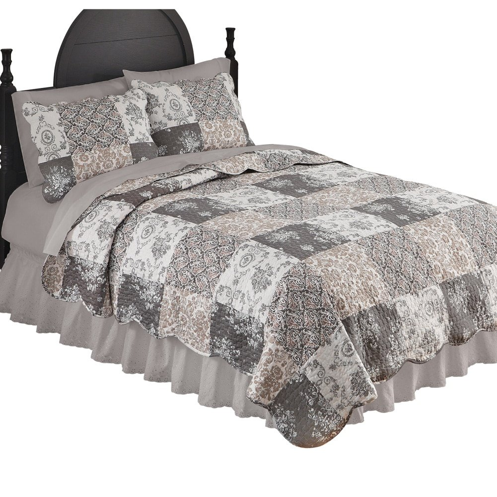 Amazon com collections etc tessa patchwork reversible lightweight quilt with several different patterns and scalloped edges mocha king home kitchen