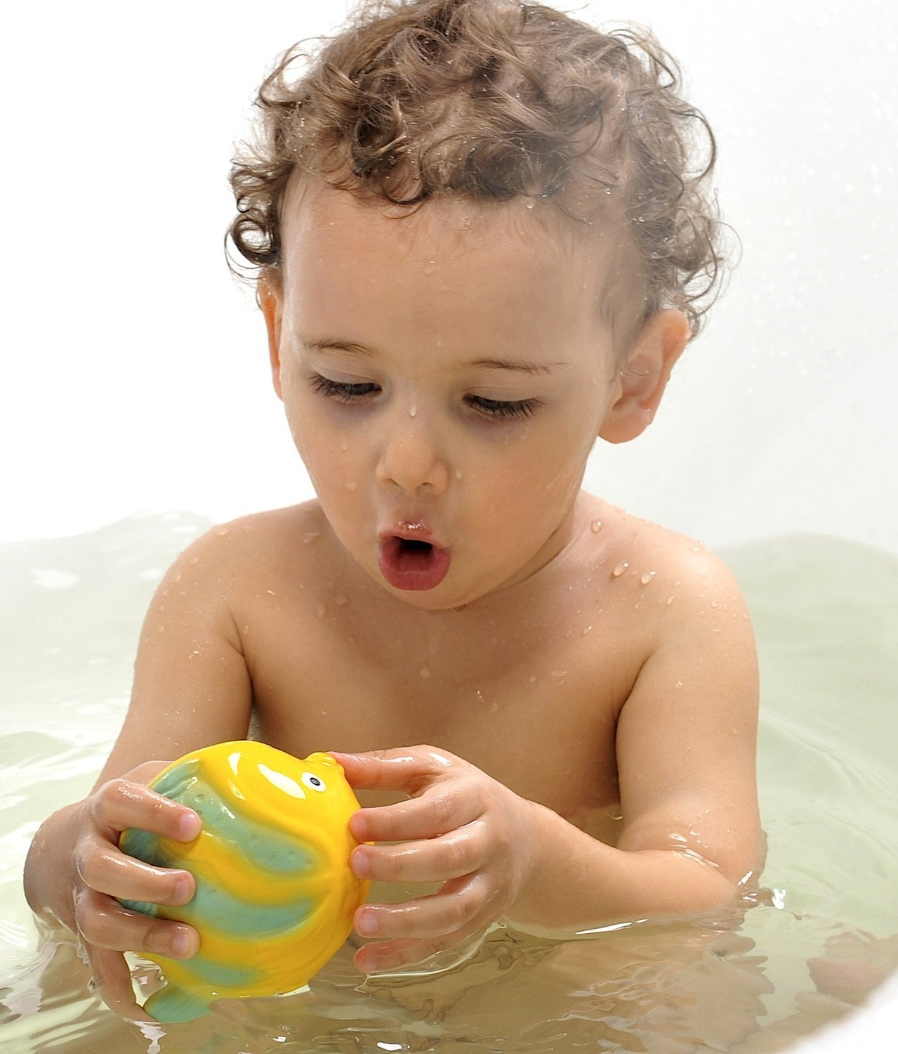 Amazon.com : CaaOcho Ocean - La the Butterfly Fish Baby Bath Toy ...