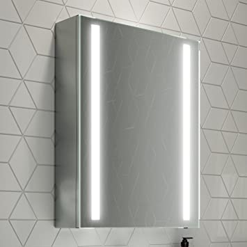 Soak Armario de baño con espejo de 500 x 650mm con iluminación LED integrada y sensor