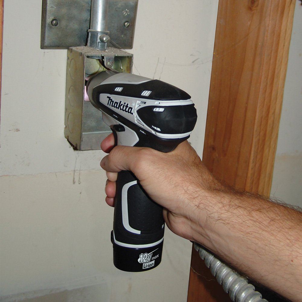 Makita DT01W 12V max Lithium-Ion Cordless Impact Driver Kit (Discontinued by Manufacturer) by Makita (Image #3)