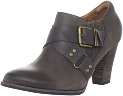 a7a52ea35447 Clarks Women s Indigo Heath Woodlark Ankle Boot