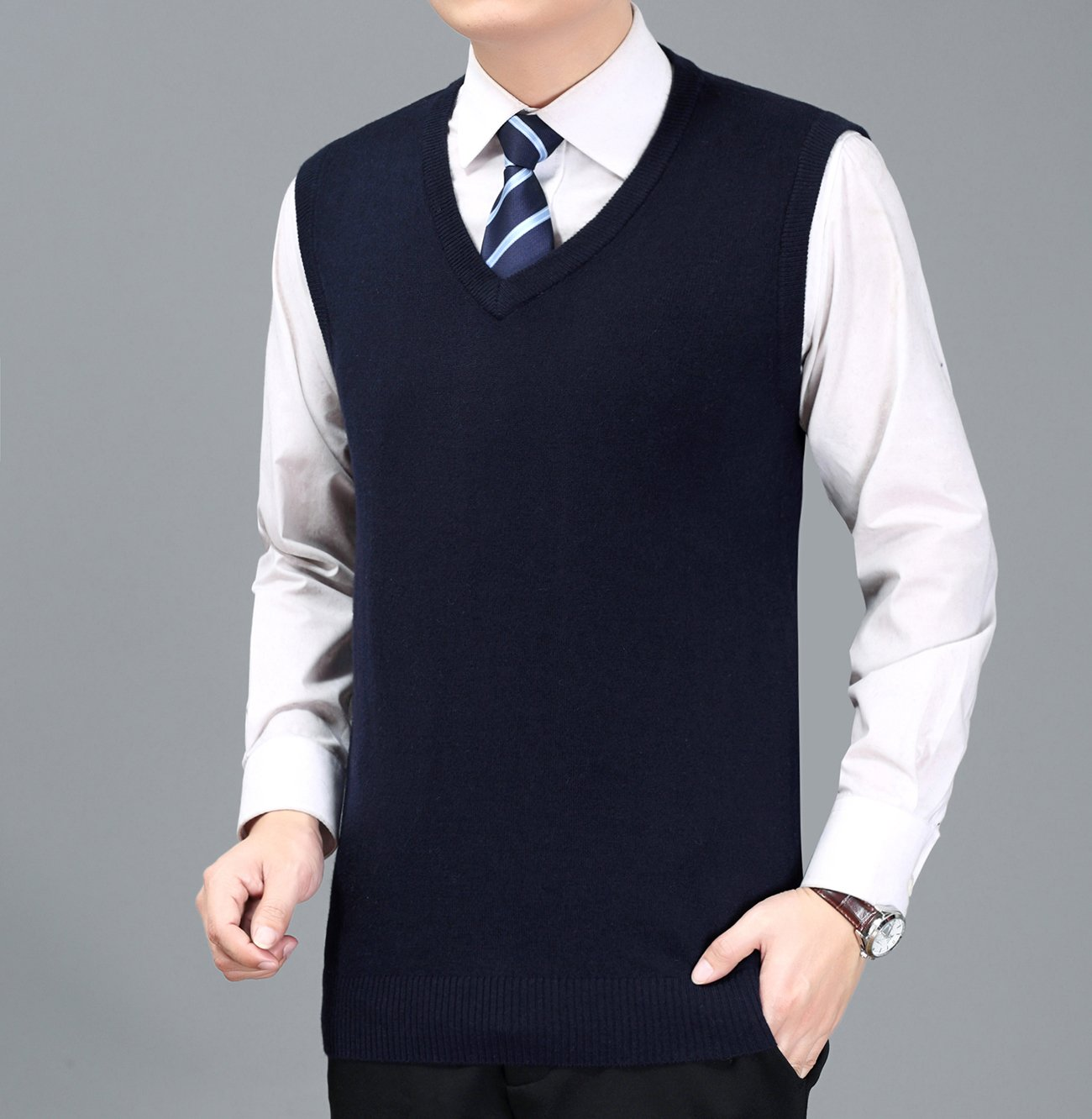 Mens V Neck Sleeveless Vest Classic Business Gentleman Knitwear Knitted Waistcoat Sweater Cardigans Tank Tops