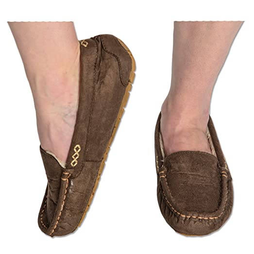 1fe08dd1e22 Snoozies Womens Indoor Outdoor Suede Ultra Soft Lined Moccasins Slippers