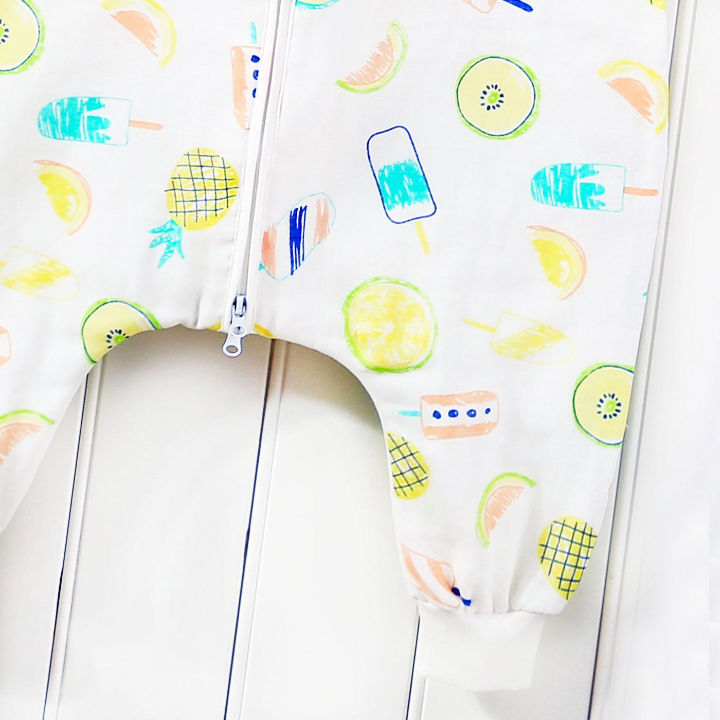 47bbd35ee7899 FEOYA Gigoteuse à Pied Bébé Manches Courtes Combinaison Fille Garçon  Douillette Coton Pyjama Sac de Couchage