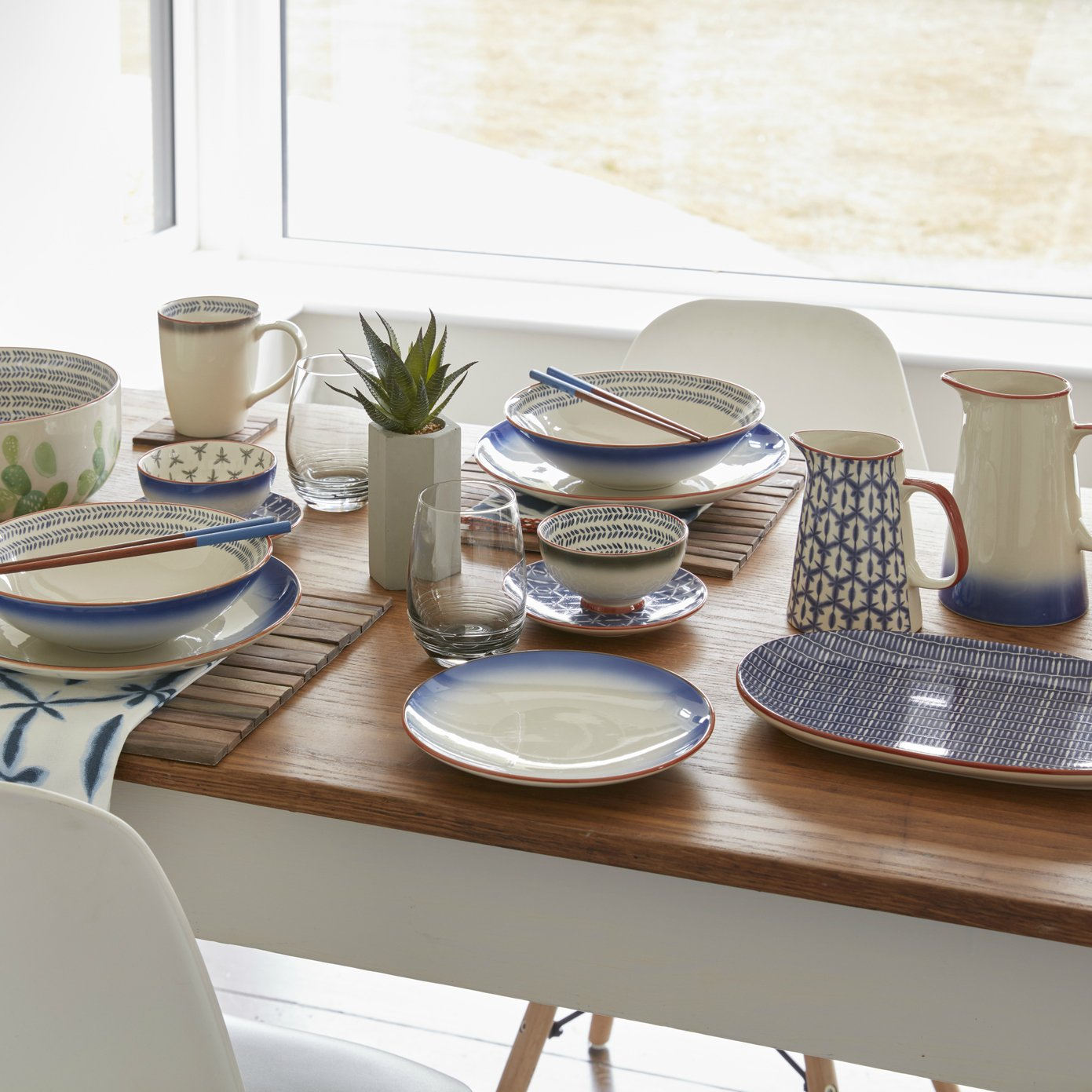 Set of 3 15 cm Creative Tops Drift Hand-Decorated Patterned Ceramic Side Plates Blue // White