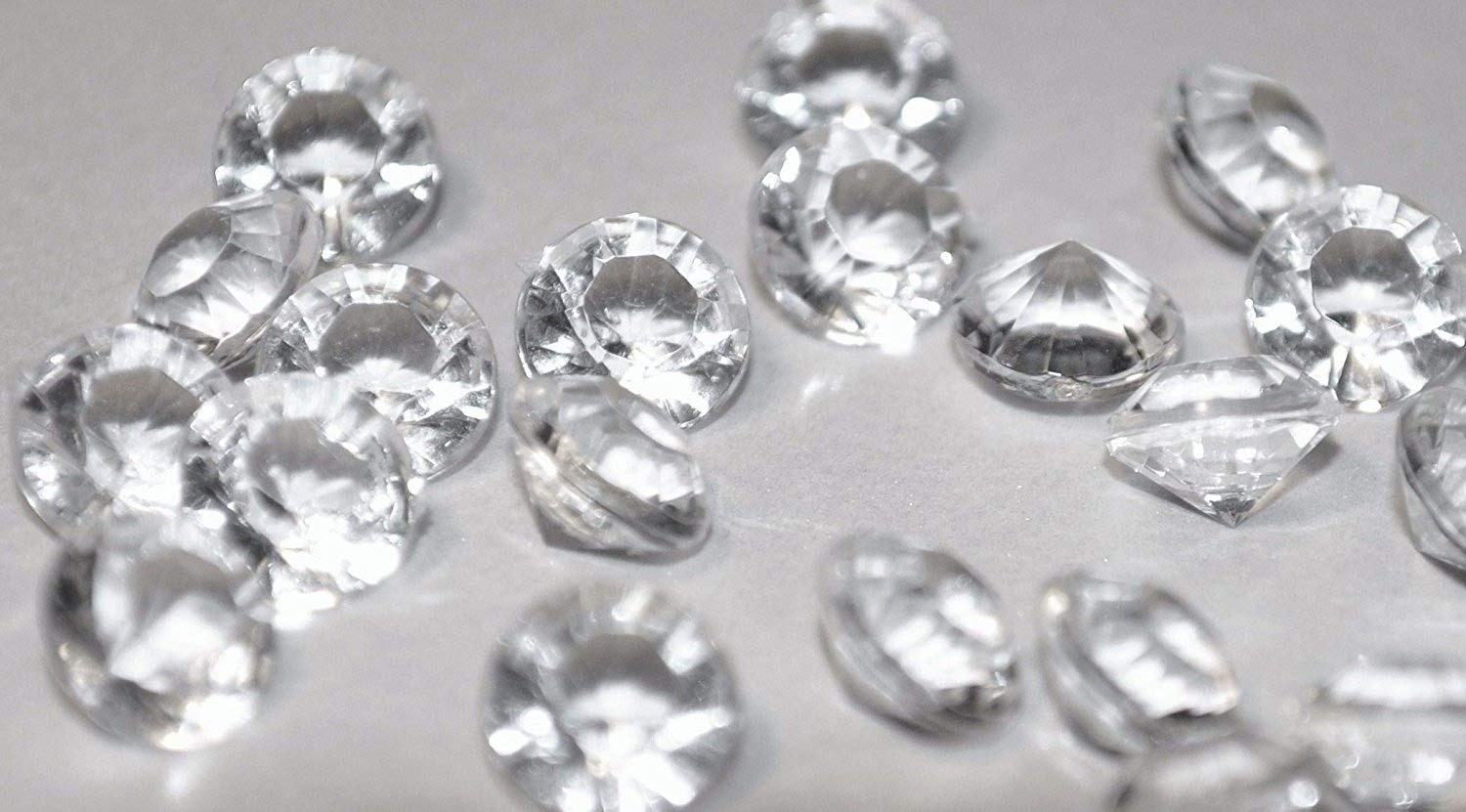 2000 4.5mm Clear Table Diamonds - 1/3 carat Scatter Crystals by The Occasion Store