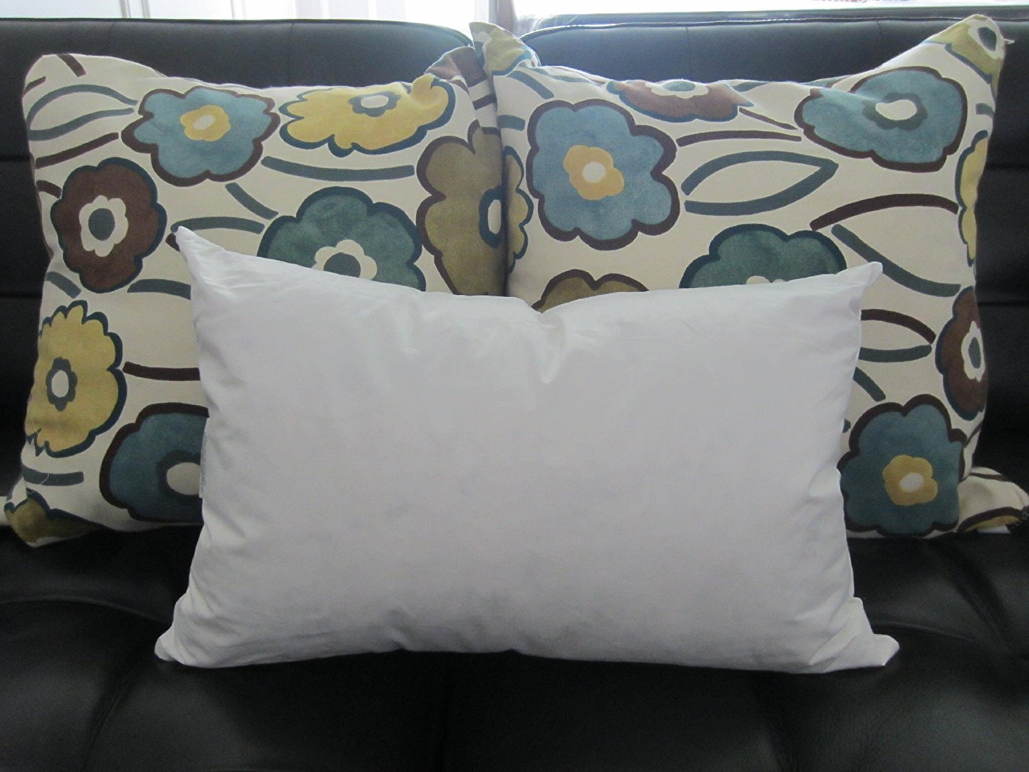 Amazoncom Bed Of Roses 14 X 22 95 Feather 5 Down Pillow Insert
