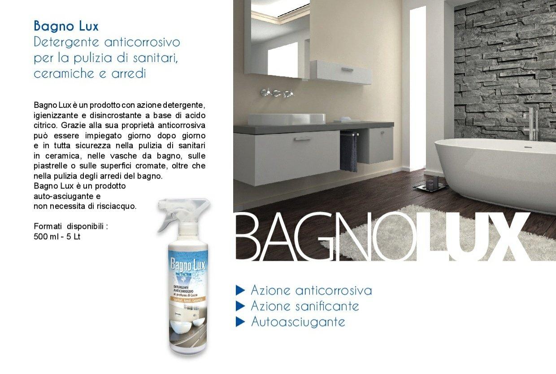 Detergente anticorrosivo per il bagno sanitari ceramiche
