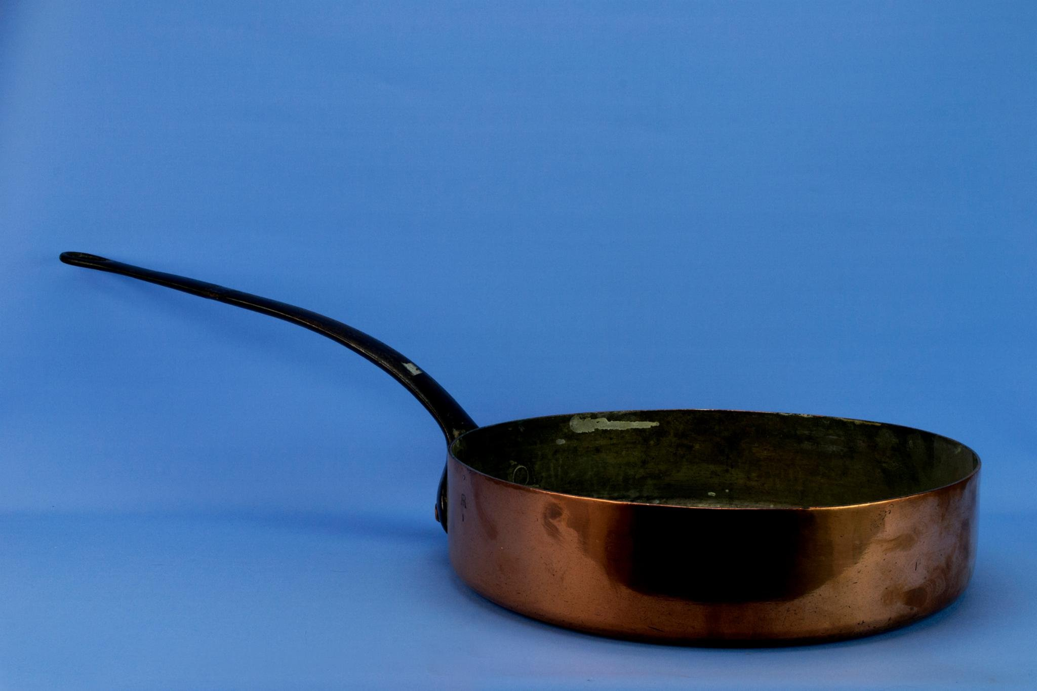 Large Copper Pan Cooking Pot Kitchen Traditional Vintage Iron Handle