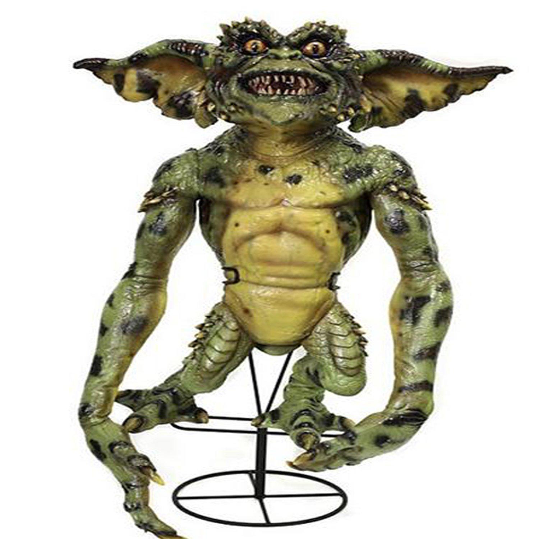 Gremlins Stunt Puppet Prop Replica Green version by NECA 30780