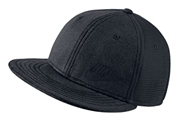 90eb501ff05cd Image Unavailable. Image not available for. Colour: Nike 739425-032 True  Tech Pack Black Youth Big Kids Adjustable Snapback Hat
