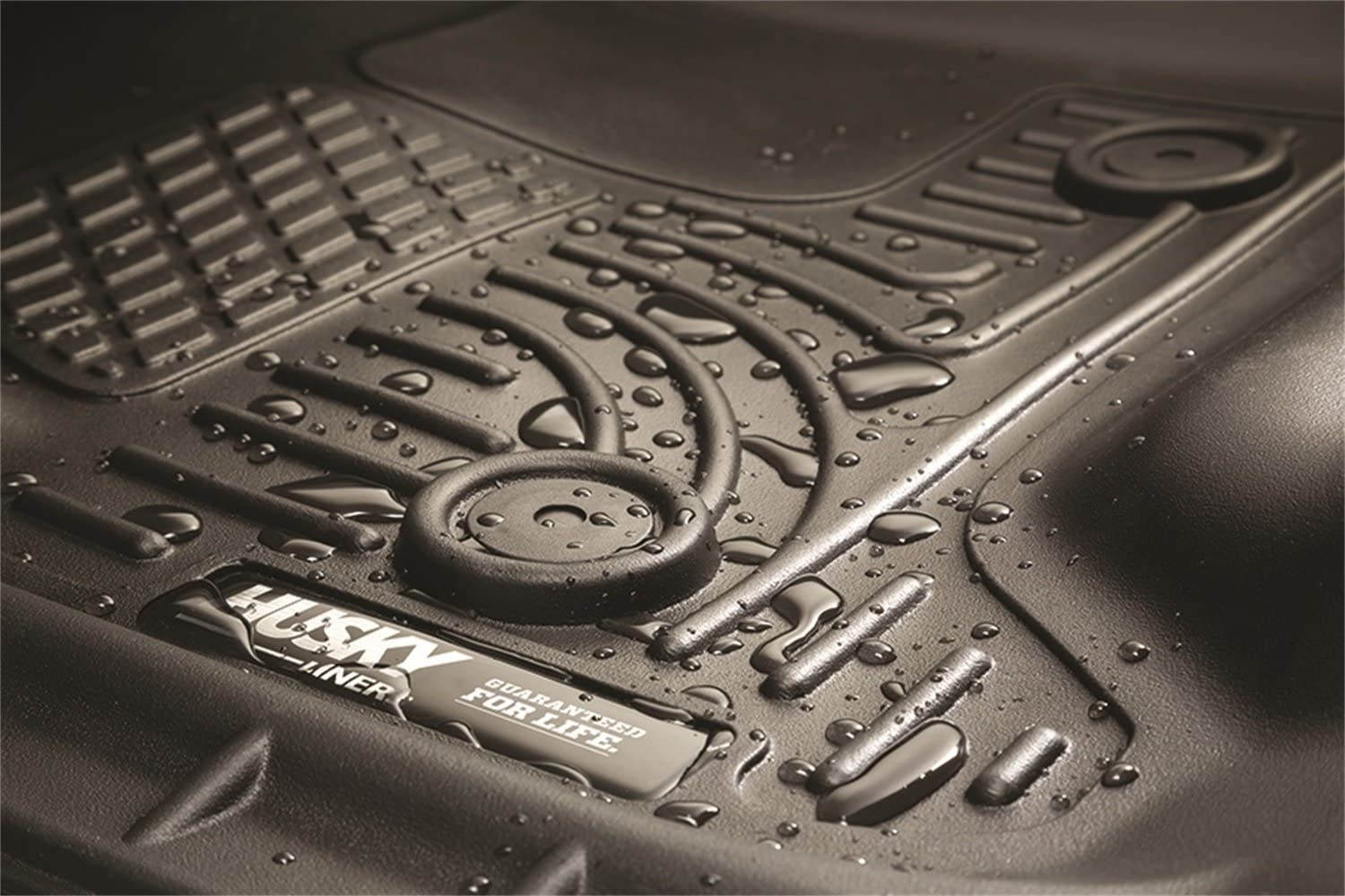 Husky Liners Center Hump Floor Liner Fits 07-13 Silverado//Sierra Crew//Extended Winfield Consumer Products 82283