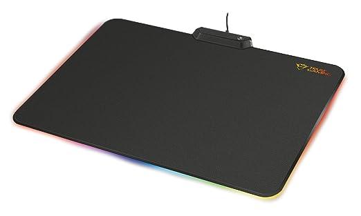 1 opinioni per Trust GXT 760 Glide Ampio Tappetino per Mouse con Bordi e Logo Illuminati LED,