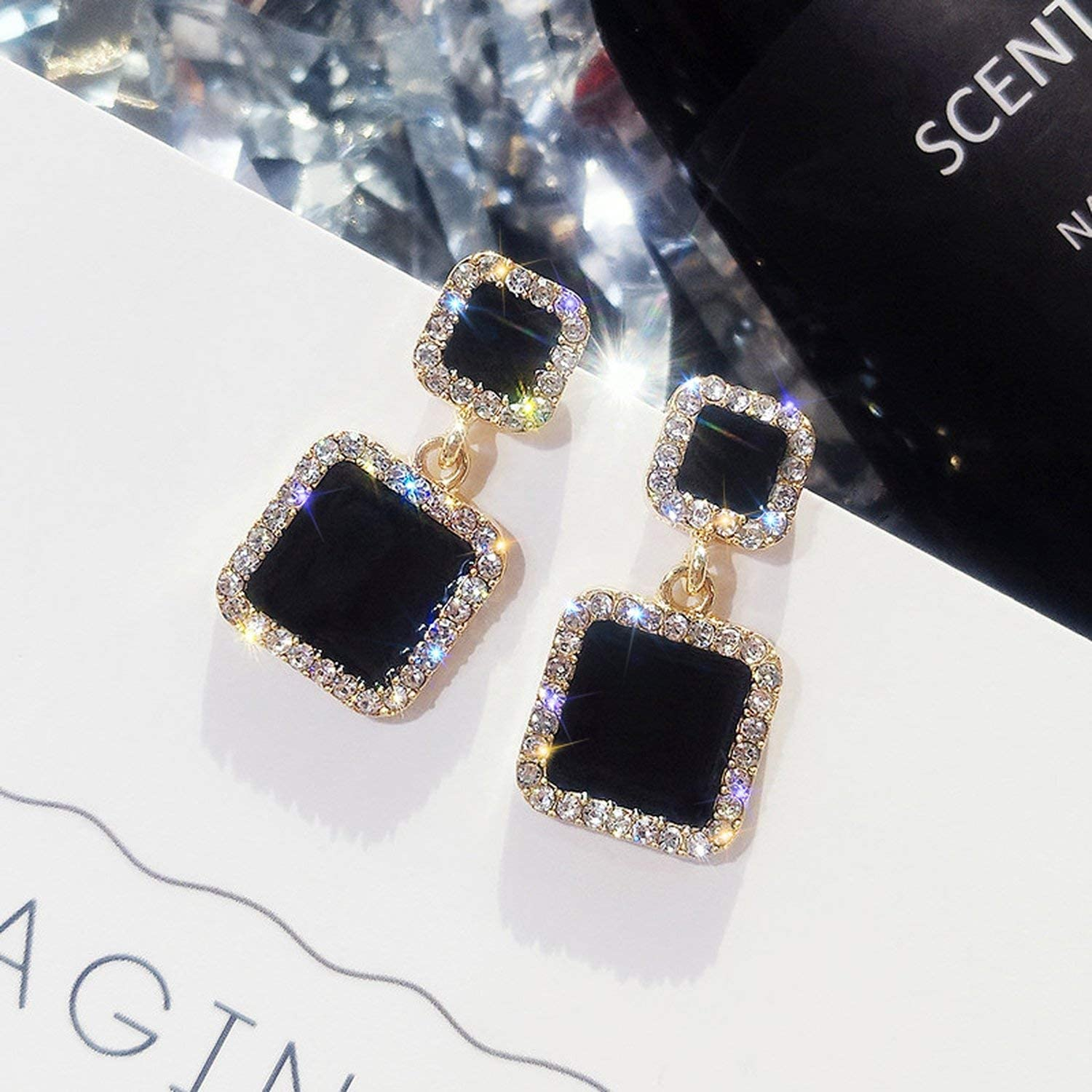 Brave Rosemary Classic Square Metal Women Stud Earrings Long Black Square Star Round Earrings Fashion Jewelry Womens Accessories E2497