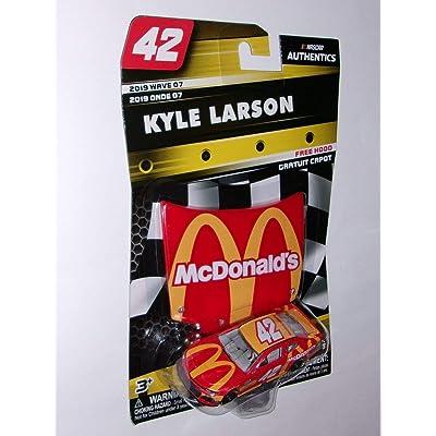 NASCAR Kyle Larson McDonalds 1:64 Die-Cast Wave 07: Toys & Games