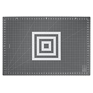 Fiskars 193910-1001 Folding Cutting Mat Grey