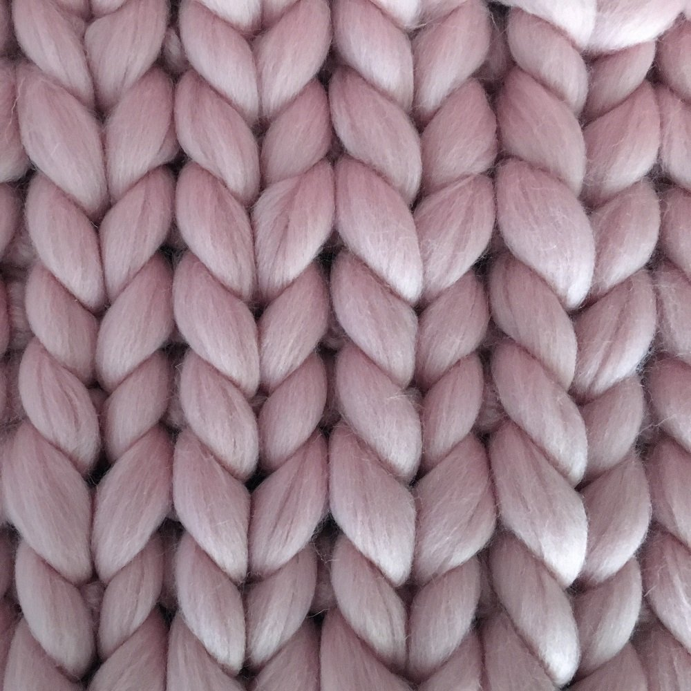 Reneefer Handmade   Rosa Decke aus 100% Schafswolle XXL 120 x 180 cm Kuscheldecke Wohndecke Dekoration Wolldecke Skandinavisch Tagesdecke