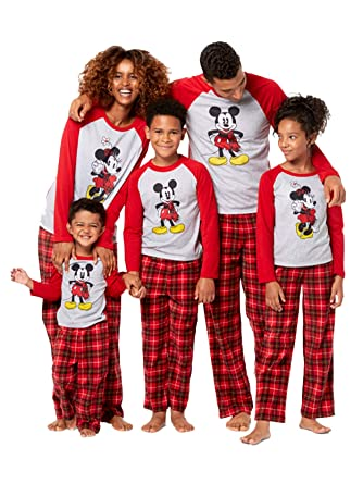 46868df6b7d3 Mickey and Minnie Mouse Christmas Holiday Family Sleepwear Pajamas  (Adult Kid Toddler) at Amazon Women s Clothing store