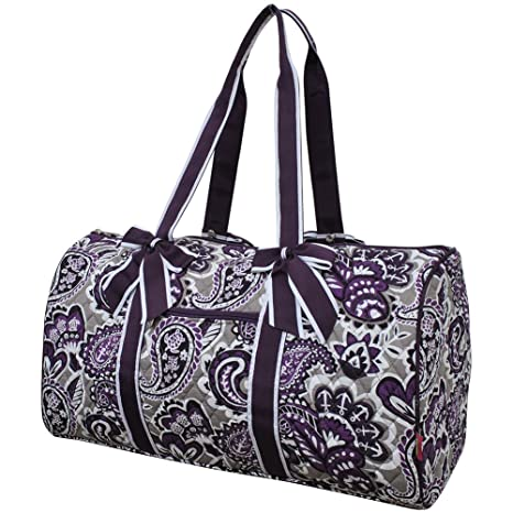 4cd4d0f25f84 Image Unavailable. Image not available for. Color  Purple Paisley NGIL Large  Quilted Duffle Bag
