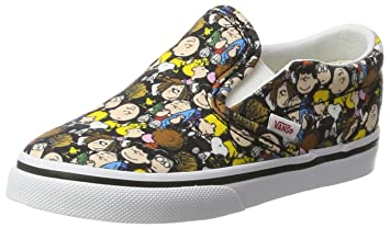 bfd5376fa284 Vans Unisex Babies€™ Peanuts Classic Slip-on Trainers Multicolour (The  Gang Black (Peanuts)) 5.5 UK 22 EU  Amazon.in  Baby