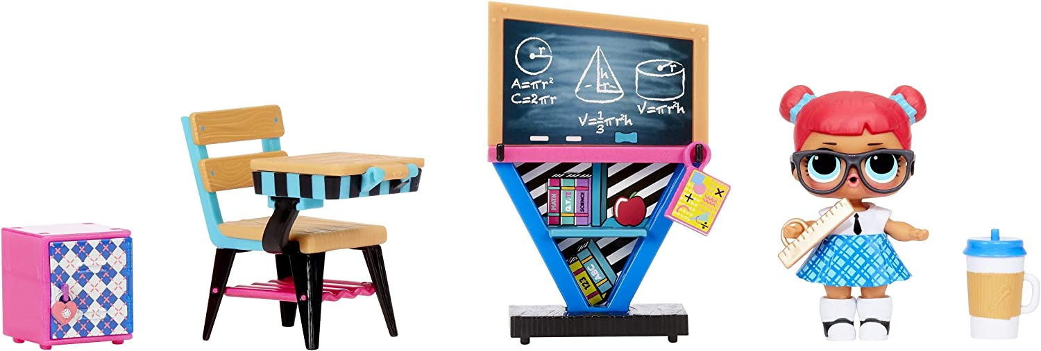 L.O.L. Surprise! Furniture Classroom with Teacher's Pet & 10+ Surprises
