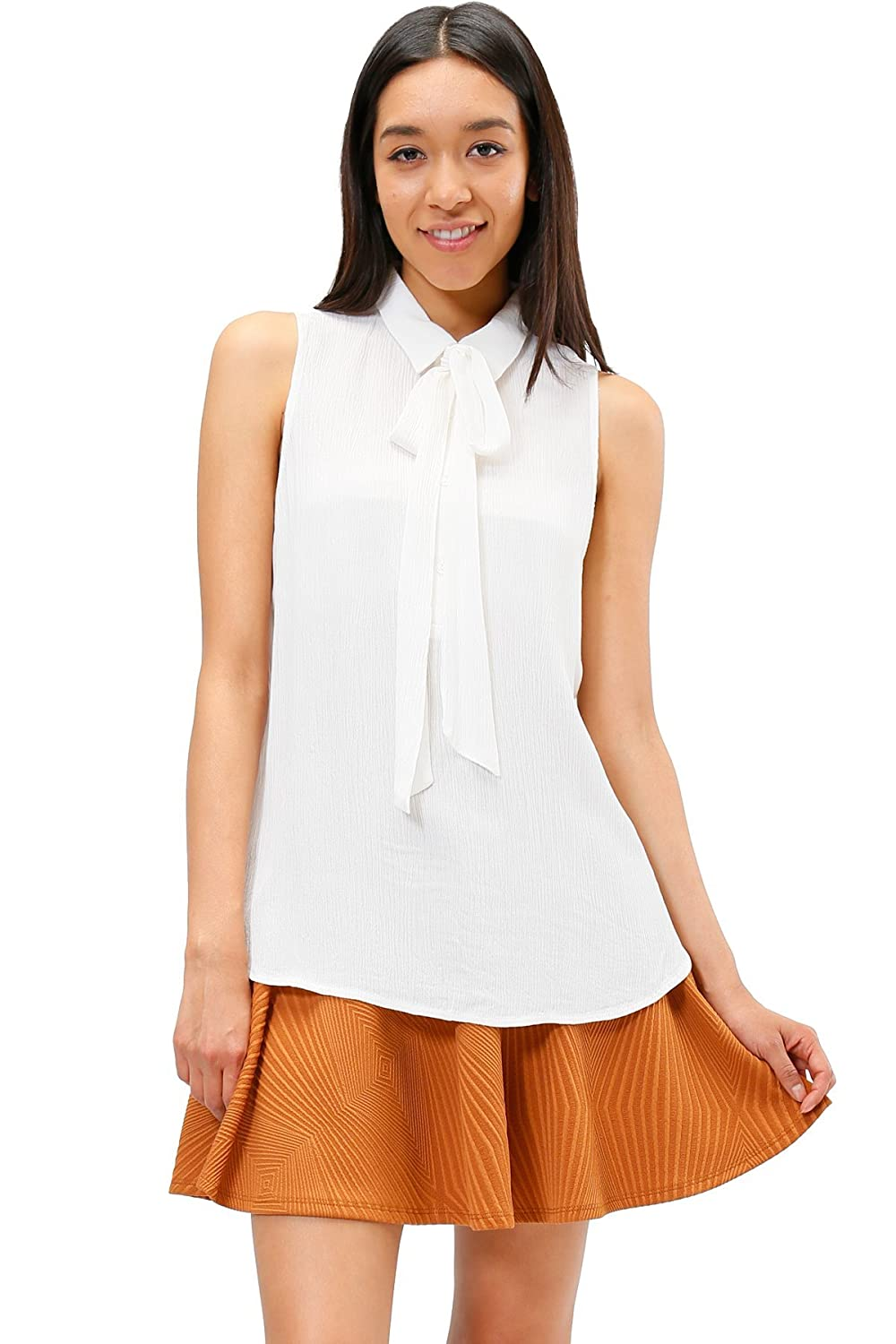 LUMIERE Sleeveless collared neck top with self tie bow in front
