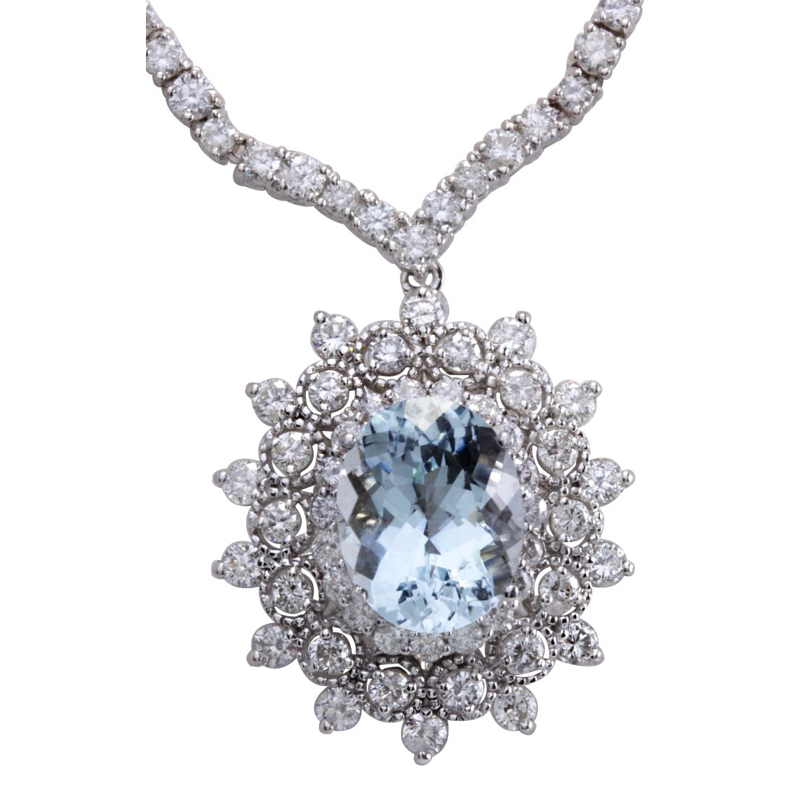 14.86 Carat Natural bluee Aquamarine and Diamond 14K White gold Luxury Necklace for Women