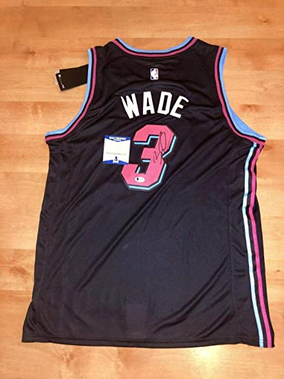 new concept 725f9 10815 dwayne wade signed jersey