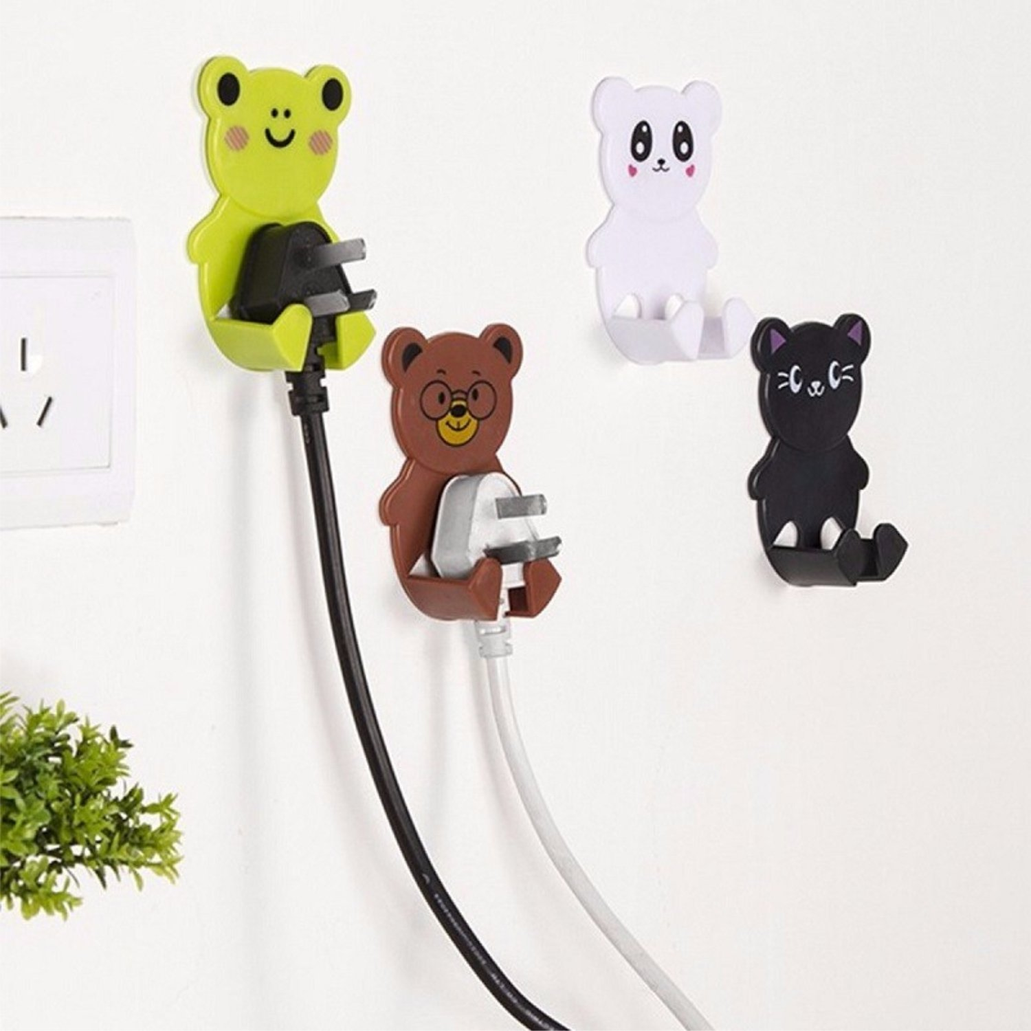 4pcs/pack Plastic Cartoon Animal Plug Socket Hanger Wall Adhesive Cute Hooks (Random)