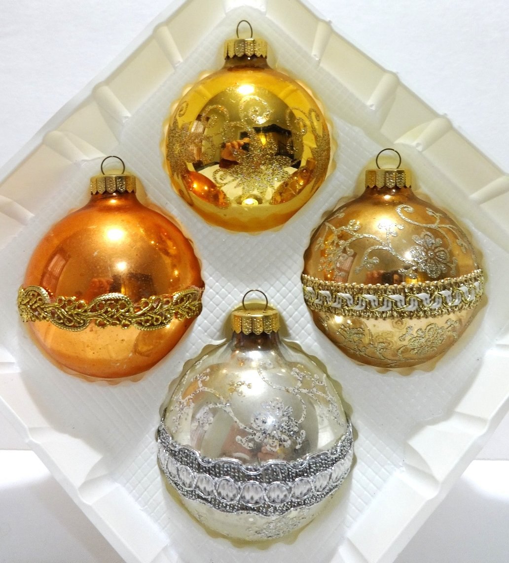 Amazon: Vintage Krebs Hand Decorated Glass Christmas Ornaments: Home &  Kitchen
