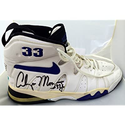 dc4b11b97e6 Alonzo Mourning Autographed Signed Charlotte Hornets Game Used Nike Shoes  JSA