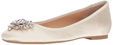 Badgley Mischka Women's Bianca Ballet Flat, Ivory, ...