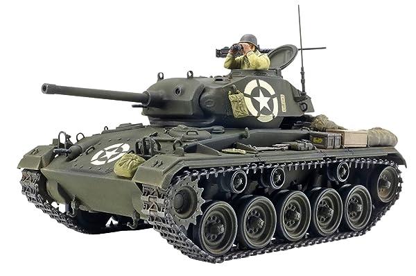タミヤ 1/35 イタレリシリーズ No.20 アメリカ陸軍 軽戦車 M24 チャーフィー プラモデル 37020