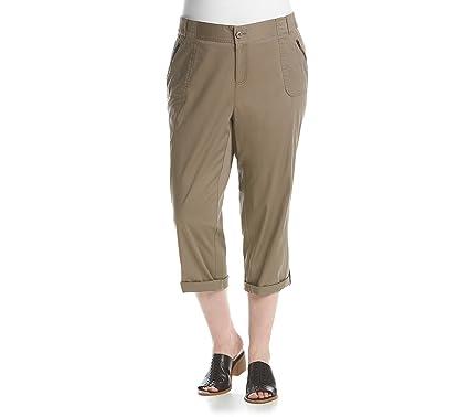 6c577745f09 Relativity Plus Size Cargo Capri at Amazon Women s Clothing store