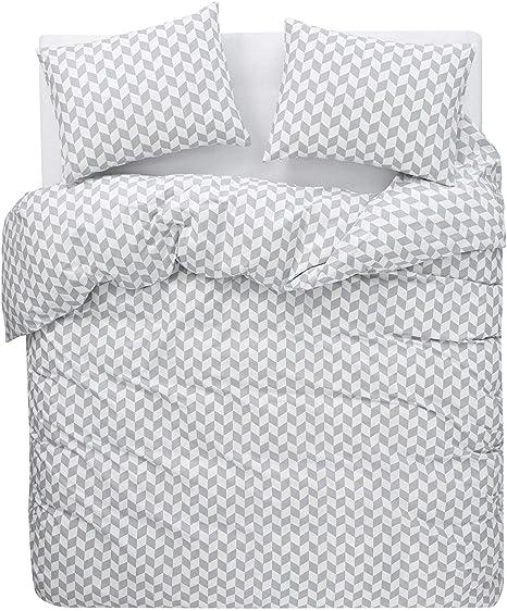 Gray Chevron Quilt Size 56x79 inch Zigzag Pattern Gray /& White Quilt Modern Quilt