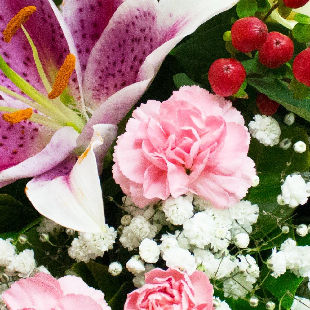 Eden4flowers DELIGHT BOUQUET & CHOCOLATES - Birthday Flowers Thank ...