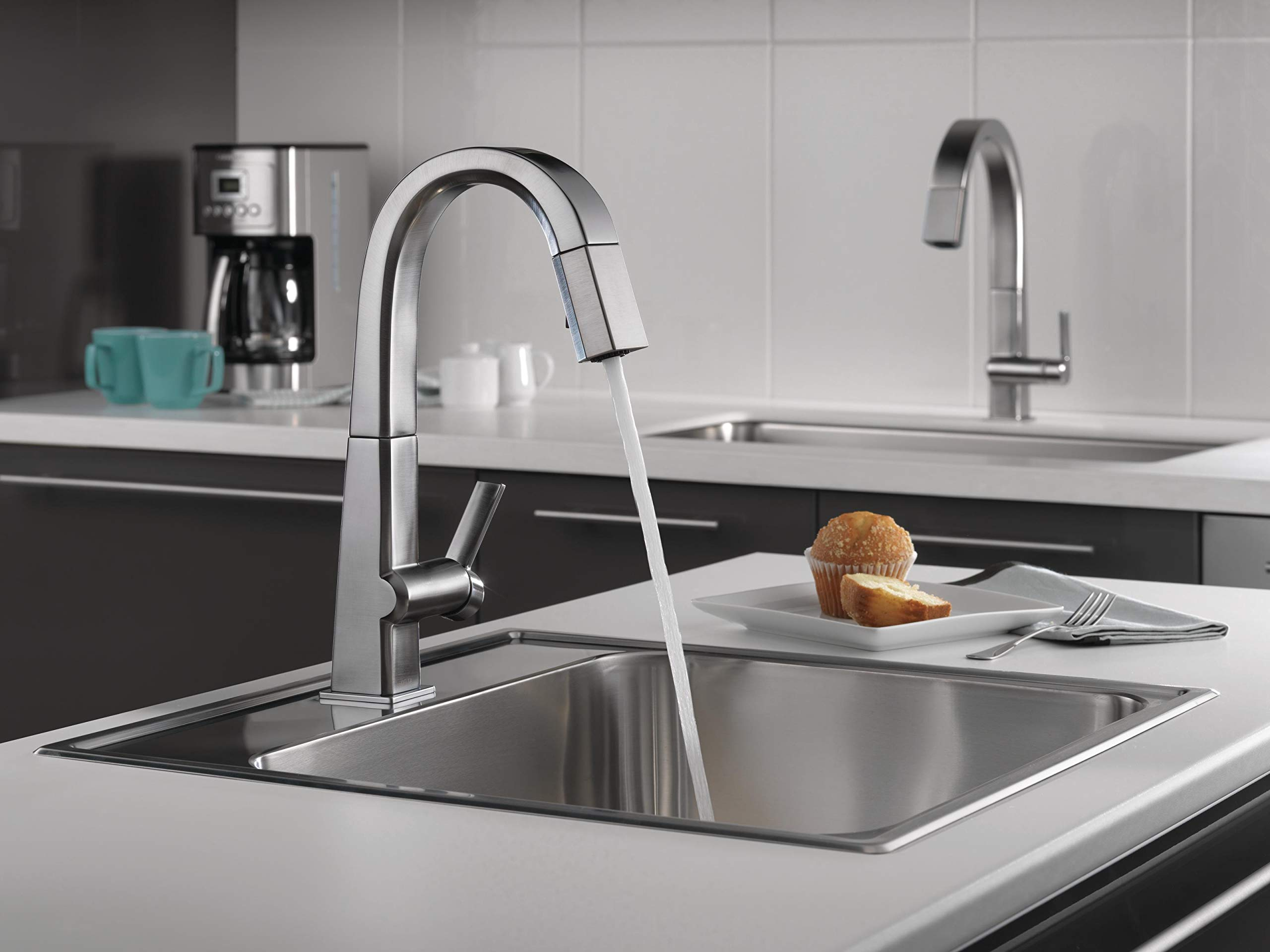 Delta Faucet Pivotal Single-Handle Bar-Prep Kitchen Sink Faucet with Pull Down Sprayer and Magnetic Docking Spray Head, Arctic Stainless 9993-AR-DST by DELTA FAUCET (Image #4)