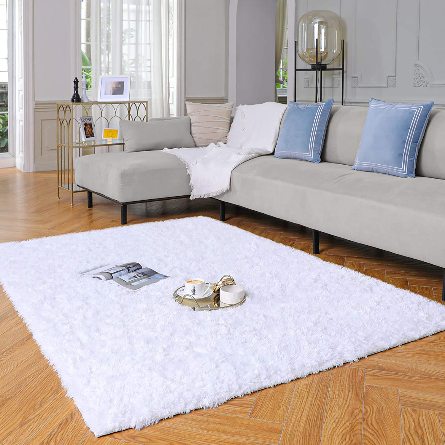 Yome Machine Washable Area Rug, Fuzzy Soft Carpet with Durable Edges, Home Decor Floor Rug for Your Home's Living Room, Bedroom, Kid's Room, Office, Fluffy Rug 4 x 5.3 Feet, Snow-White.