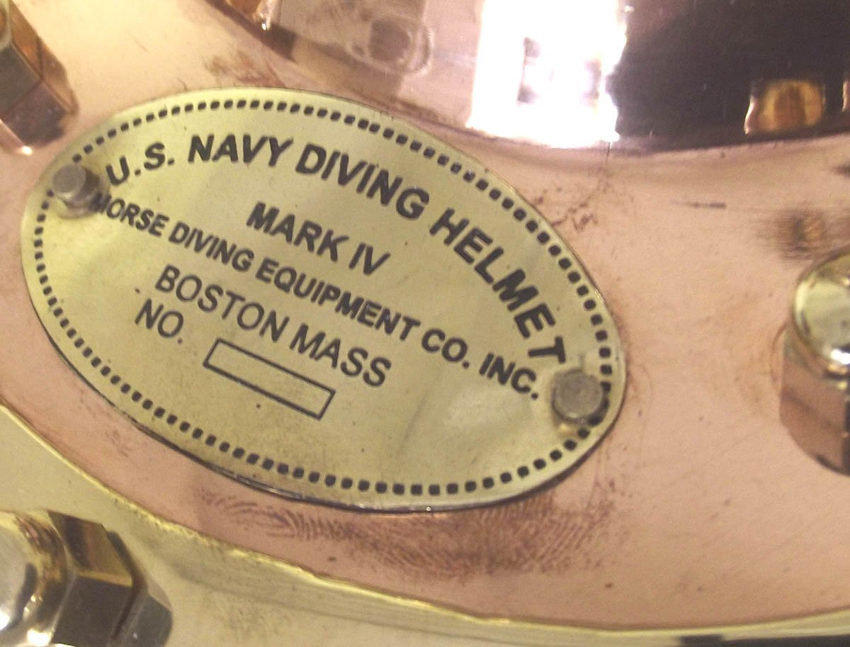 THORINSTRUMENTS (with device) Classic US NAVY MARK III DIVING HELMET Recreation in Brass & Copper. Heavy! by THORINSTRUMENTS (with device)