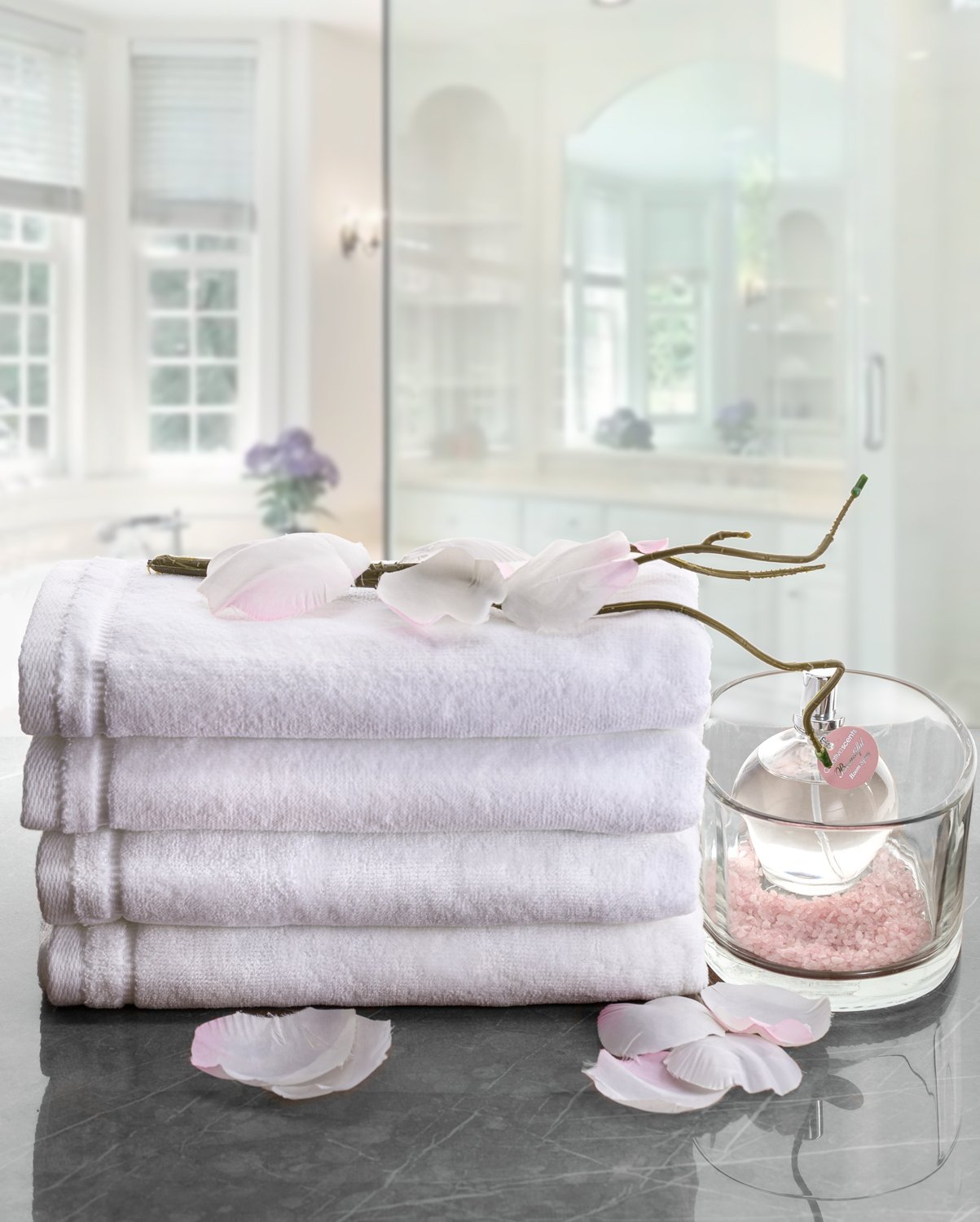 Creative Scents - Luxury Fingertip Towels Monogrammed