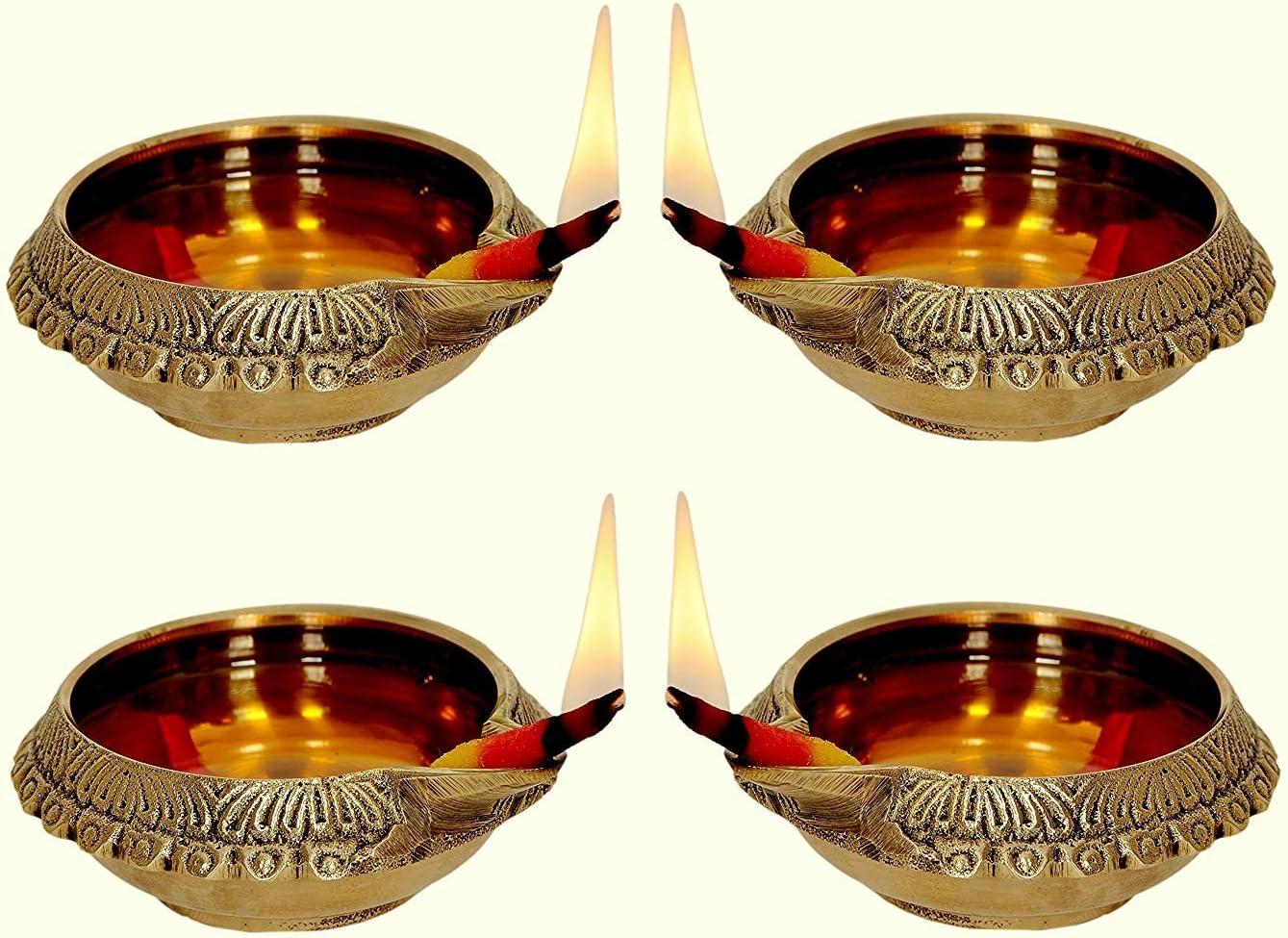 PARIJAT HANDICRAFT Chritmas's Sale Decors Oil/Ghee Lamp Combo (Deepak) in Natural Gold Brass Table Diya Set (Height: 1 inch, Pack of 4)