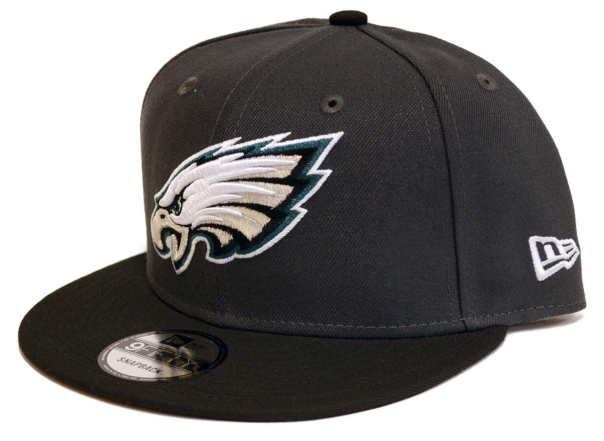 d84b3b5dad7 Amazon.com   New Era Philadelphia Eagles Custom Collection 9Fifty Snapback  Hat (Dark Green)   Sports   Outdoors