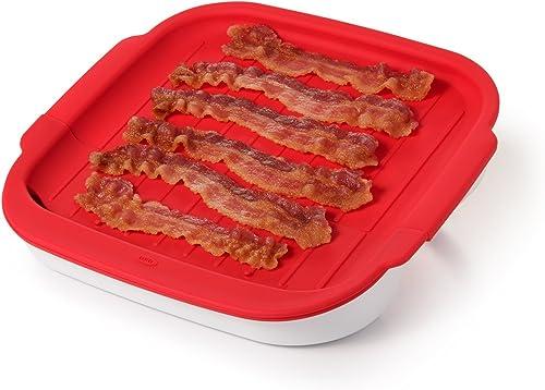 Kuchenka OXO Good Grips Microwave Bacon Crisper.