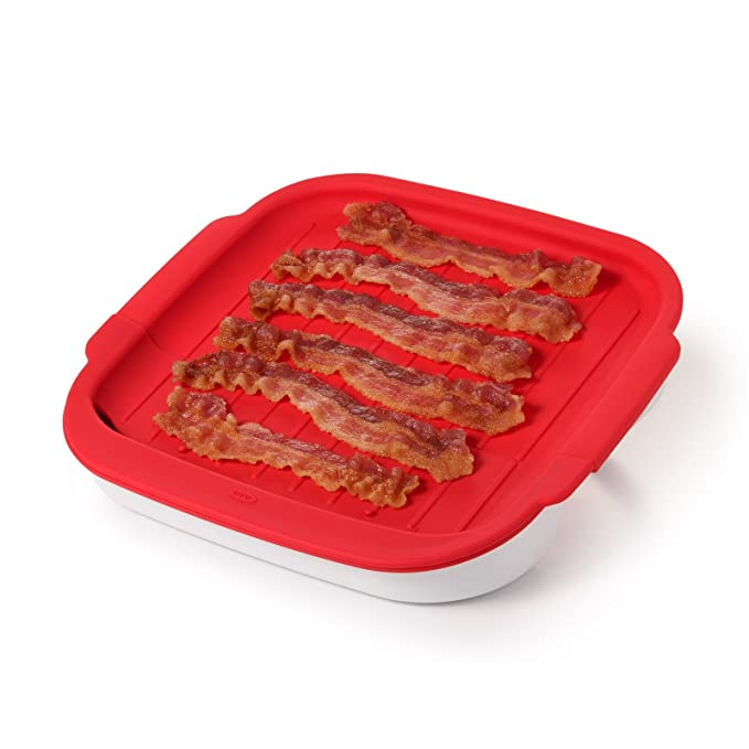 OXO Microwave Bacon Crisper – The Microwave Bacon Cooker with a Removable Silicon Surface