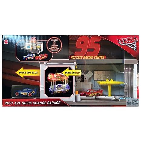 Amazoncom Mattel Disney Pixar Cars Quick Change Garage Toys Games