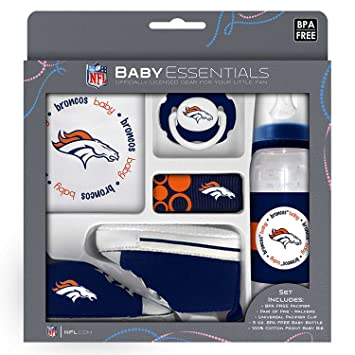 Amazon.com: Bebé Essentials NFL caja de regalo para recién ...