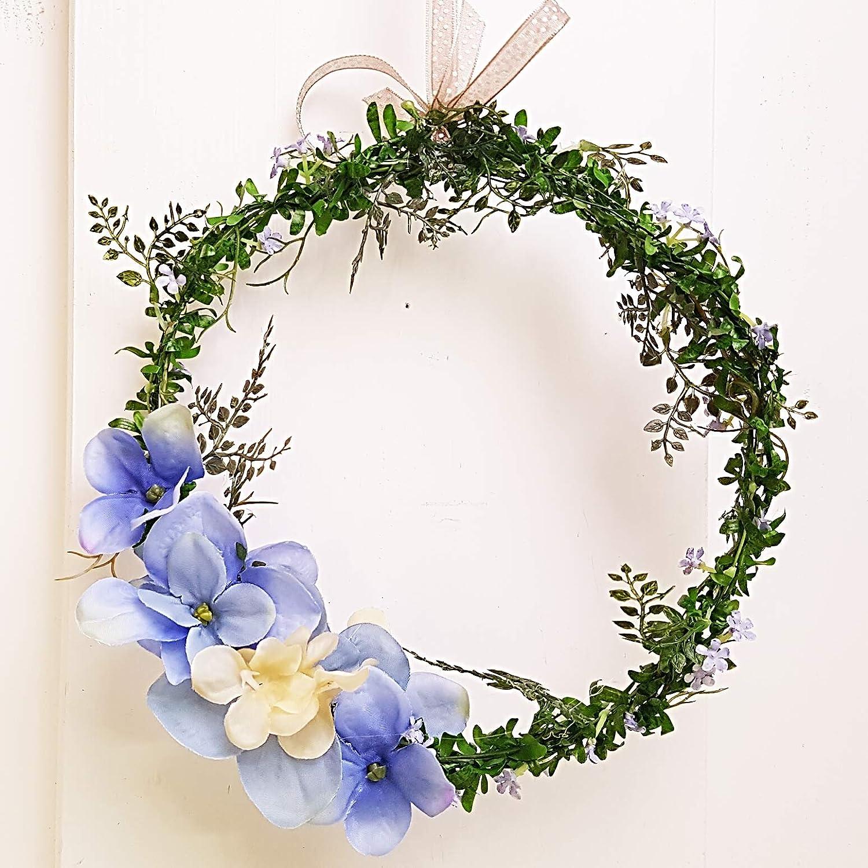 Fensterdeko zarter Kranz blaue Hortensien