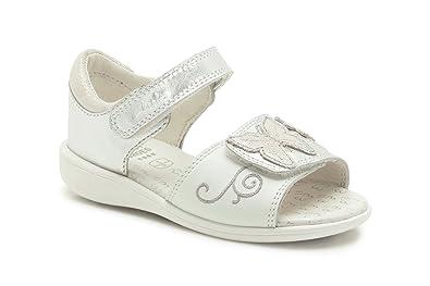 a2671ccbfb975 Clarks Girls Pre-School Fun Cheeko Fst Leather Sandals In White ...