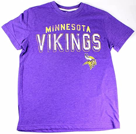 Amazon.com   Minnesota Vikings Men s Lineup Tri-Blend T-shirt ... f66d93b9c