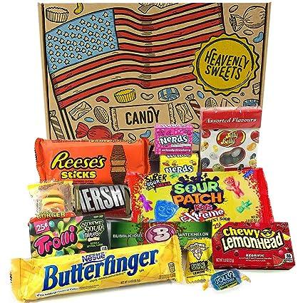 Heavenly Sweets Amerikanische Sussigkeiten Schokolade Geschenkbox Klassische Usa Marken Box Voller Leckereien Ideales Geschenk Fur Geburtstag Weihnachten Halloween 13 Snacks 25x15x2 5cm Amazon De Lebensmittel Getranke